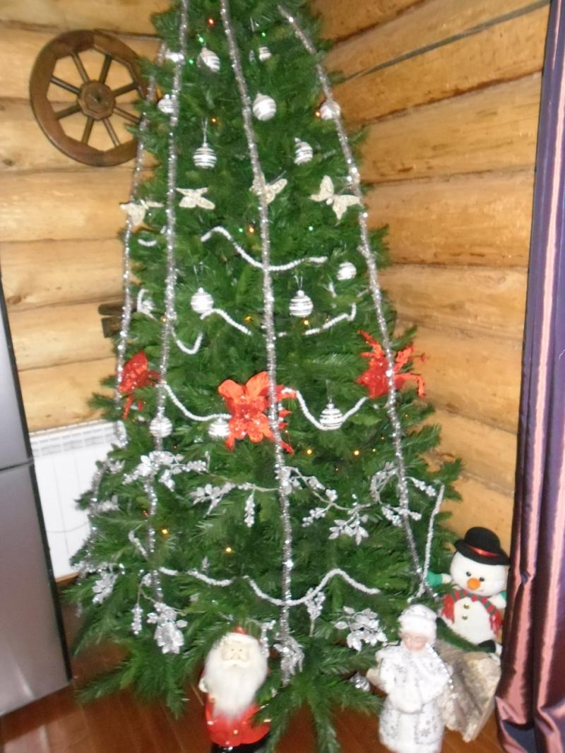 Сдаю посуточно дом в лесу . Новый год Рождество.Бильярд Баня